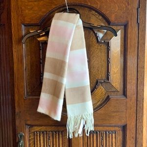 Banana Republic Scarf Brand New with Tags